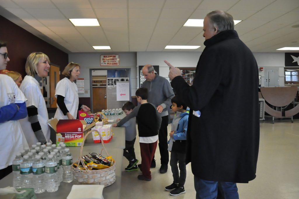 Wizards teacher volunteers